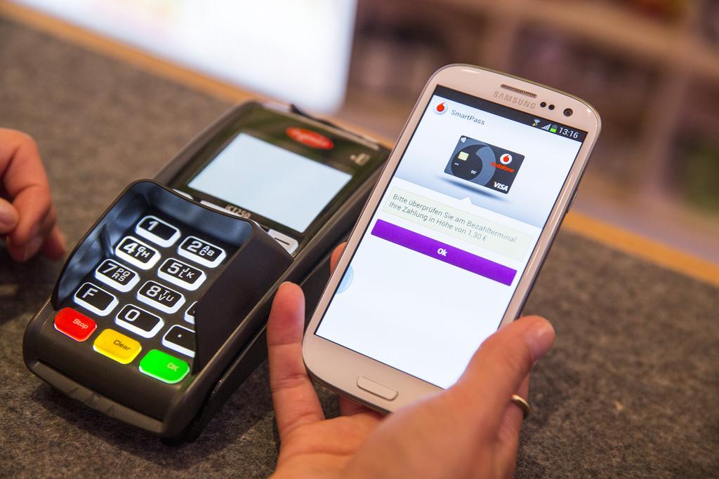 mobile wallets vs retailer payment apps